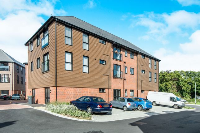 Thumbnail Flat for sale in Charlotte Way, Leybourne Chase, West Malling