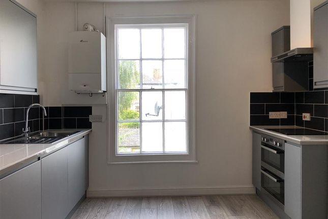 Thumbnail Maisonette to rent in Silver Terrace, Exeter