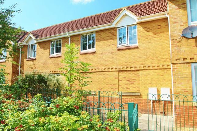 2 bed flat for sale in Galingale Way, Portishead, Bristol