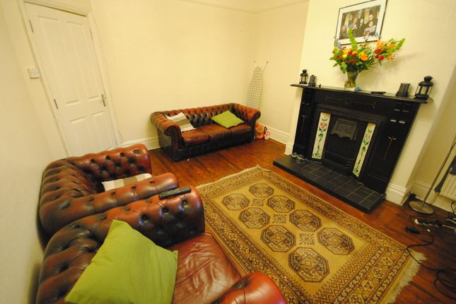 Thumbnail Terraced house to rent in 31 Stanmore Street, Burley Park