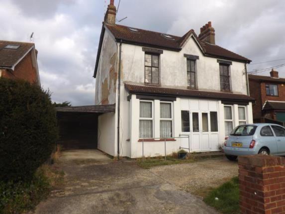 2 bed maisonette for sale in Runwell, Wickford, Essex