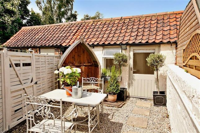 Thumbnail Cottage to rent in Carrside, Great Ouseburn, York