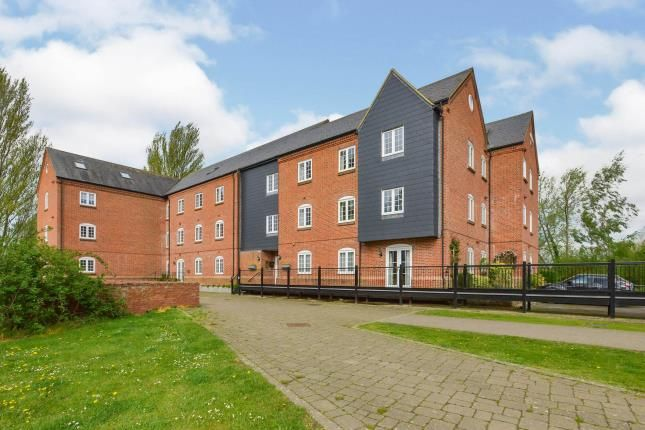 Thumbnail Property for sale in Willow Lane, Stony Streford, Milton Keynes, Bucks