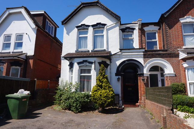 Thumbnail Town house to rent in Portswood Park, Portswood Road, Southampton
