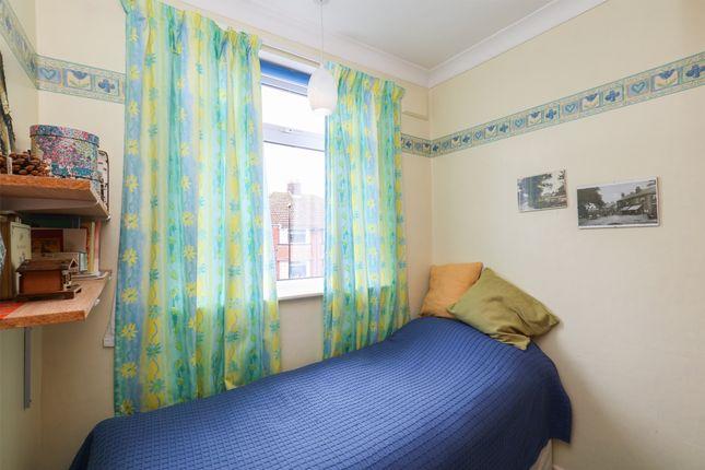 Bedroom 4 of Green Oak Road, Sheffield S17
