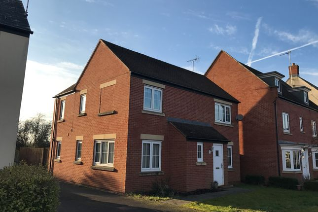 Thumbnail Detached house to rent in Stardust Crescent, Swindon