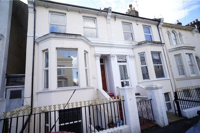 Thumbnail Property to rent in Cobham Street, Gravesend, Kent