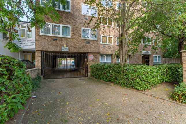 2 bed flat for sale in Clare House, Uxbridge Road, Hanwell W7