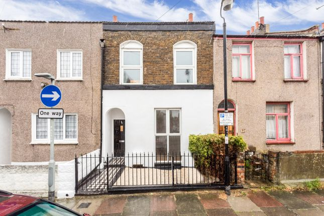 3 bed terraced house for sale in Peacock Street, Gravesend