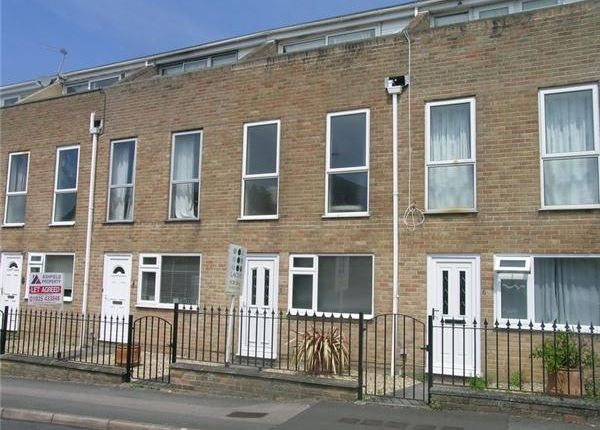 Thumbnail Flat to rent in Sparrow Road, Yeovil