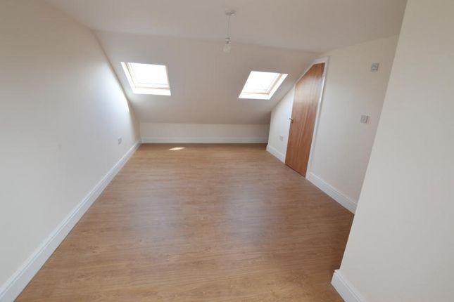 Thumbnail Flat to rent in Rutland Gardens, London