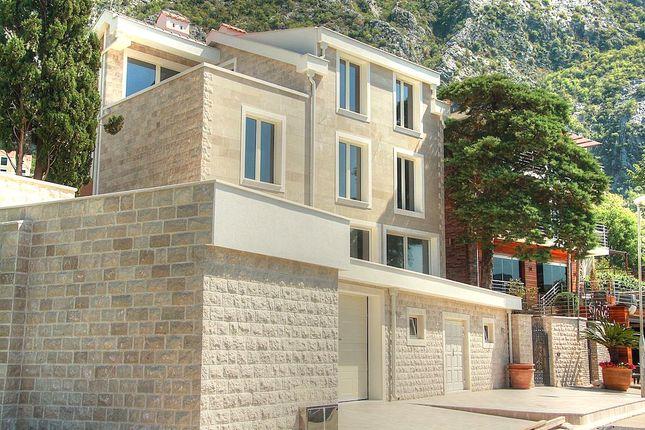 Thumbnail Villa for sale in Kotor, Dobrota, Kotor, Dobrota, Montenegro