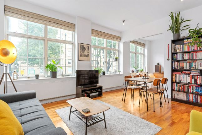 2 bed flat for sale in Liverpool Road, London N7