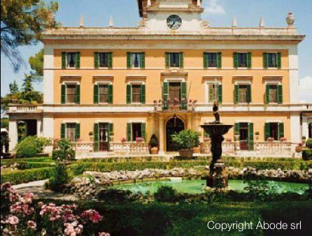 20 bed property for sale in Perugia, Italy