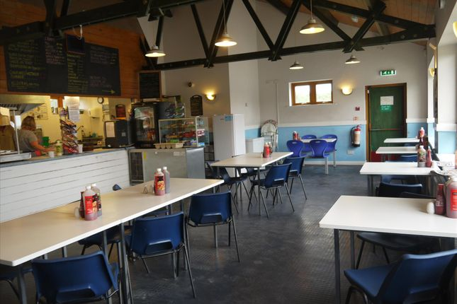 Thumbnail Restaurant/cafe for sale in Cafe & Sandwich Bars NG24, Nottinghamshire
