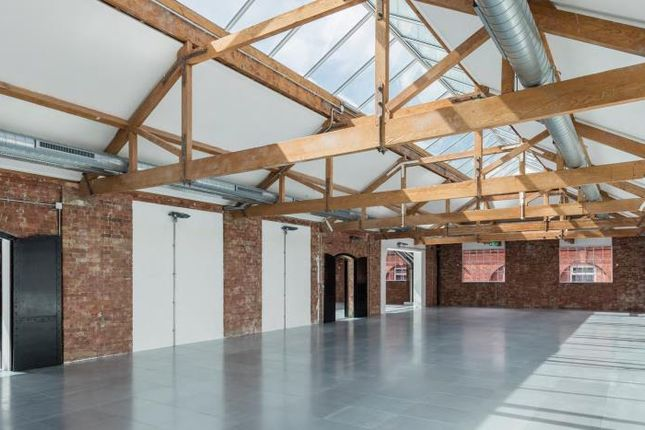 Office to let in Northburgh House, Northburgh Street, London