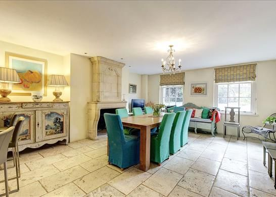 Dining Area, W11 of Ladbroke Terrace, Notting Hill, London W11