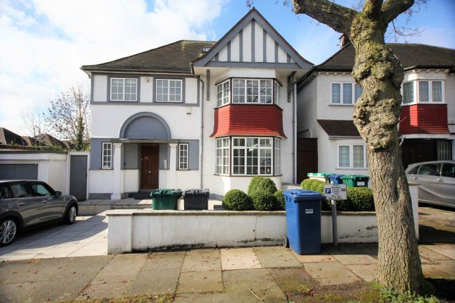 Thumbnail Property to rent in Cheyne Walk, London