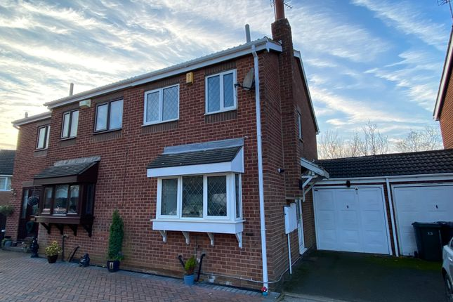 2 bed semi-detached house to rent in Crossley Close, Rotherham S66