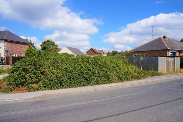 Thumbnail Land for sale in New Road, Swindon