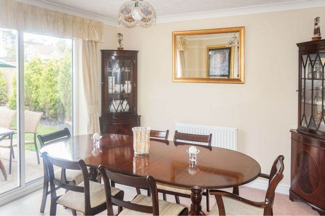 Dining Room of Little Greeve Way, Wootton Fields, Northampton NN4