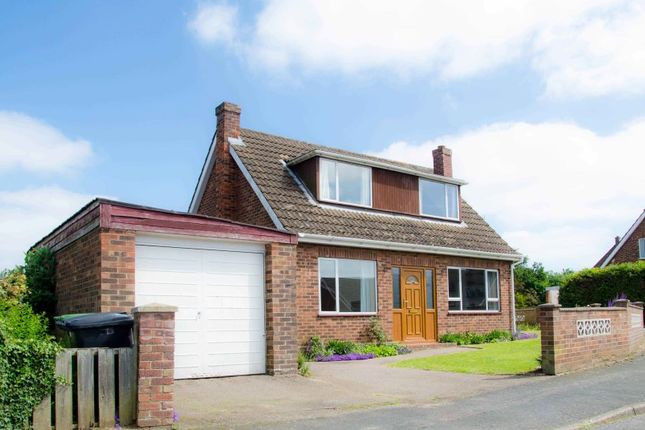 Thumbnail Bungalow for sale in Hillvue Close, Norwich, Norfolk