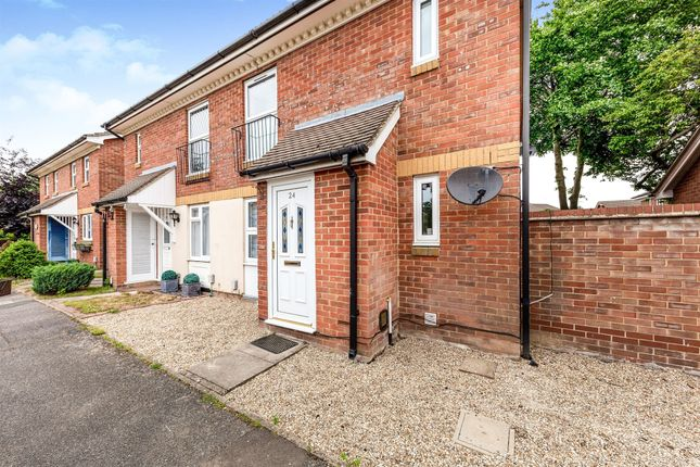 Thumbnail Maisonette for sale in Rye Gardens, Baldock