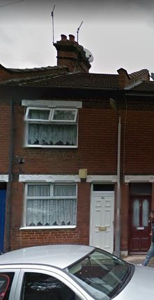 Thumbnail Terraced house to rent in Maple Rd East, Luton
