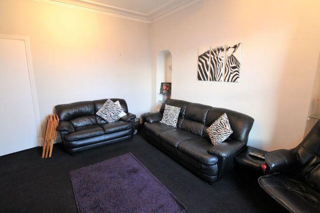 Lounge of Craigie Street, Aberdeen AB25
