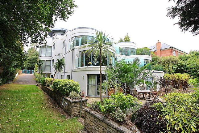 Thumbnail Flat for sale in Evening Hill, Poole, Dorset