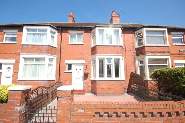 3 bed terraced house to rent in Lindale Gardens, Blackpool, Lancashire