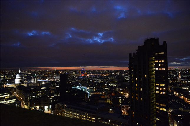 Thumbnail Flat for sale in Shakespeare Tower, Barbican, London
