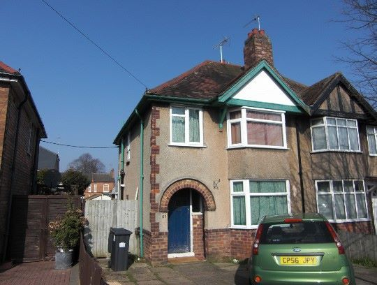 Thumbnail Semi-detached house to rent in Llewellyn Road, Leamington Spa