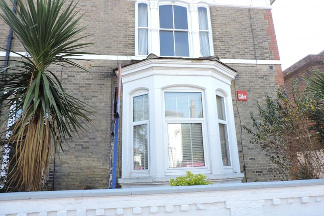 Thumbnail Maisonette to rent in Stafford Road, Southsea