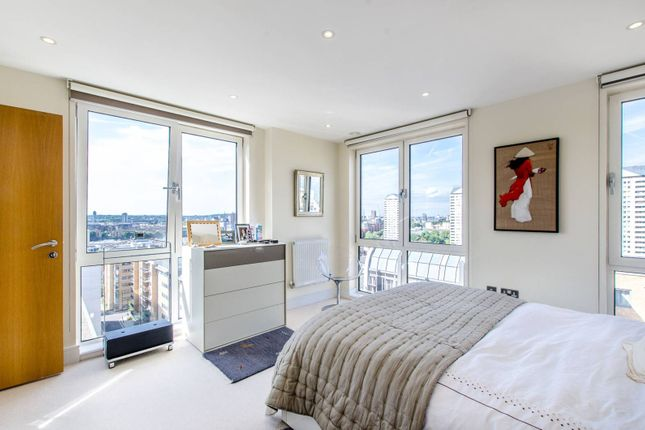 Thumbnail Flat to rent in Indescon Square, Canary Wharf, London