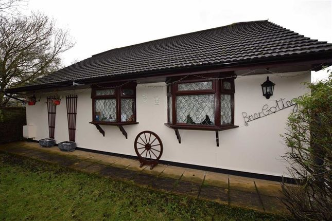 Thumbnail Detached house for sale in Windsor Road, Basildon, Essex