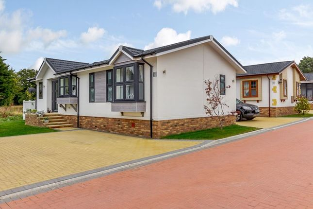 2 bed mobile/park home for sale in Red River Country Park, Kingsmans Farm Road, Hullbridge SS5