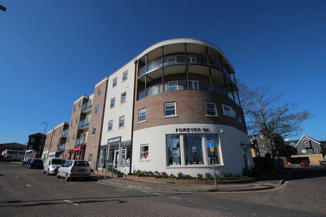 Thumbnail Flat to rent in Conduit Lane, Hoddesdon