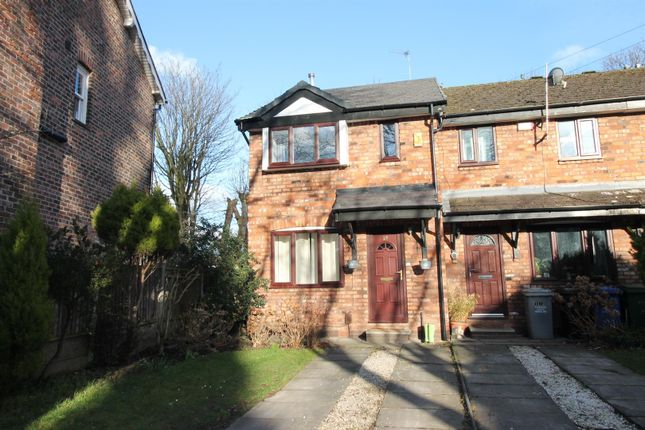 2 bed town house to rent in Doveston Road, Sale M33