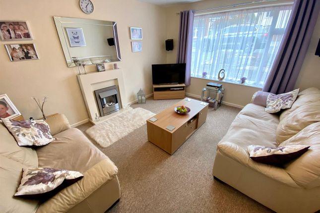 Living Room of Mountfield Avenue, Sandiacre, Nottingham NG10