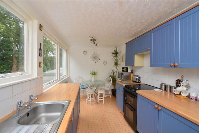 2 bed town house for sale in Yew Tree Gardens, Birchington, Kent