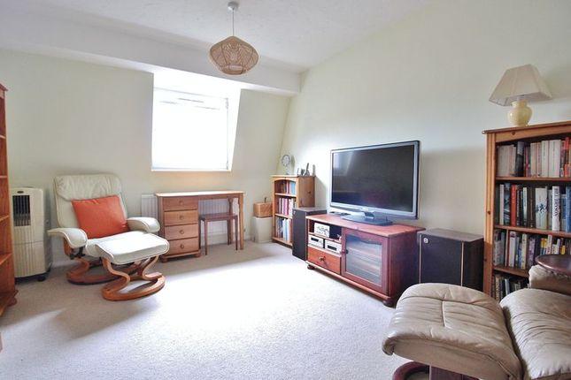 Bedroom 2 of Marine Court, Southsea PO4