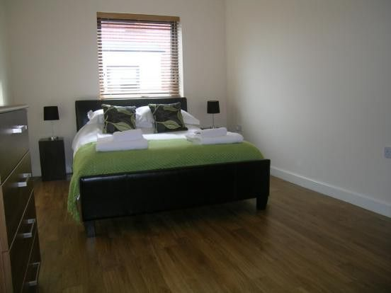 Thumbnail Flat to rent in Rotherhithe, London