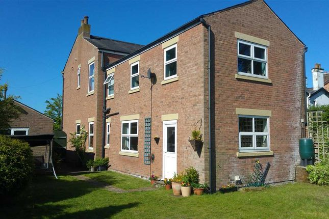 Thumbnail Detached house for sale in Waterloo Road, Ashton-On-Ribble, Preston