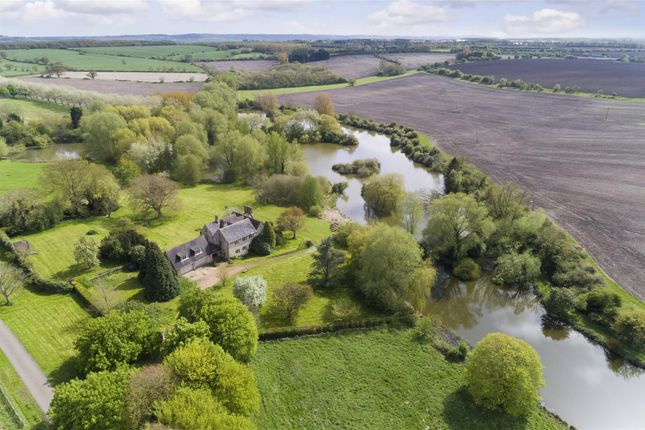 Thumbnail Property for sale in Chesterton, Leamington Spa
