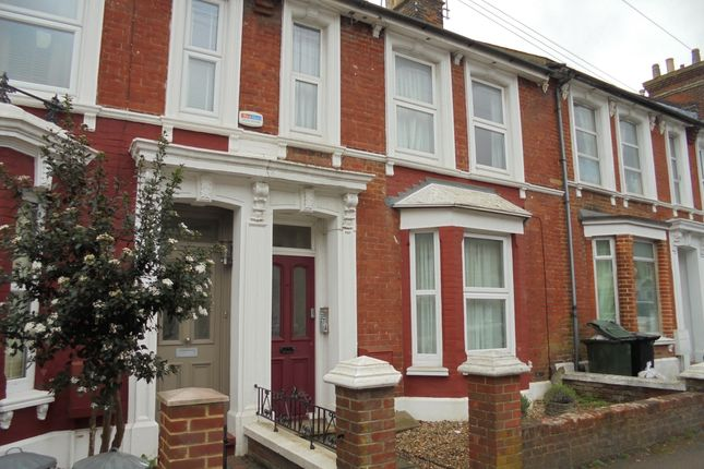 1 bed flat to rent in Sussex Avenue, Ashford, Kent