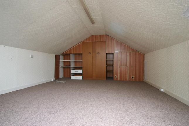 Floored Attic/Bedroom 2