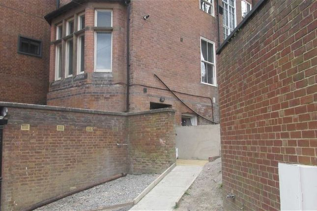 Thumbnail Flat to rent in Ednam Road, Dudley