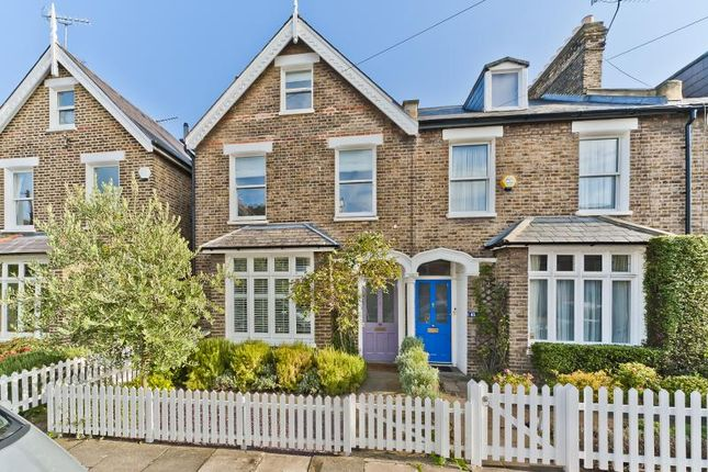 Thumbnail End terrace house to rent in Gloucester Road, Kew, Richmond