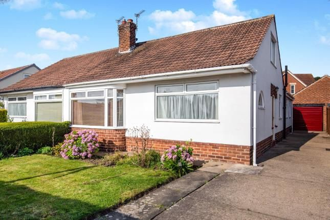 Thumbnail Bungalow for sale in Marwood Drive, Great Ayton, North Yorkshire